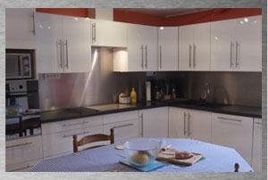 d coupe plaque inox sur mesure cr dence inox cuisine. Black Bedroom Furniture Sets. Home Design Ideas