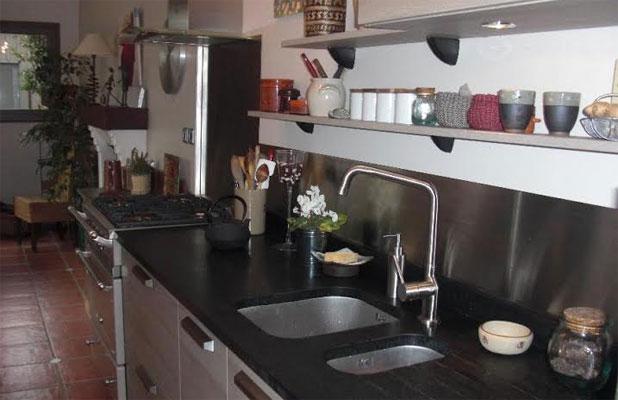 plakinox photos cr dences inox r alisation de cr dences plaques et fonds de hotte en inox. Black Bedroom Furniture Sets. Home Design Ideas
